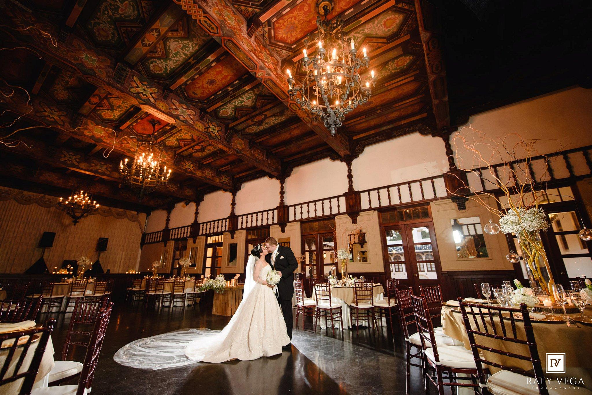 Rom ntica boda en casa espa a viejo san juan for Restaurante puerto rico madrid